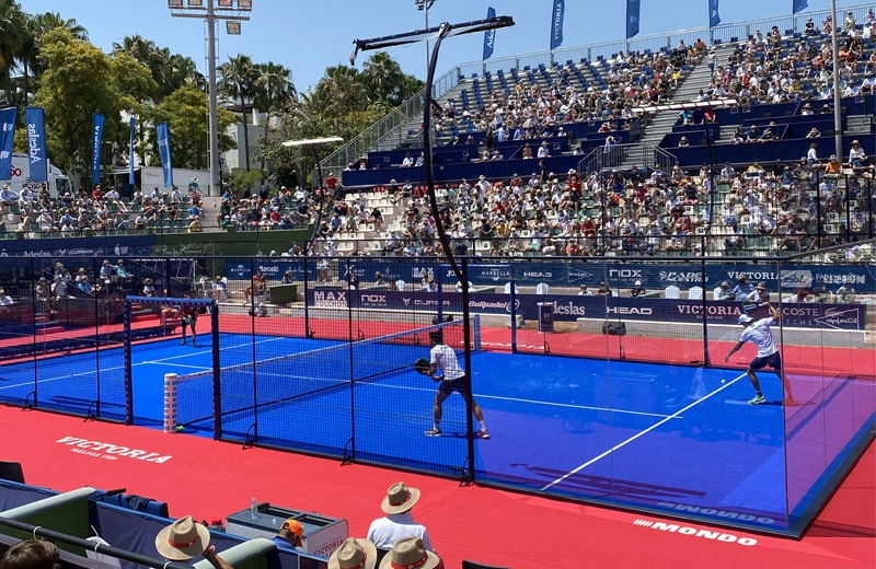 What's the difference between padel and pickleball?
